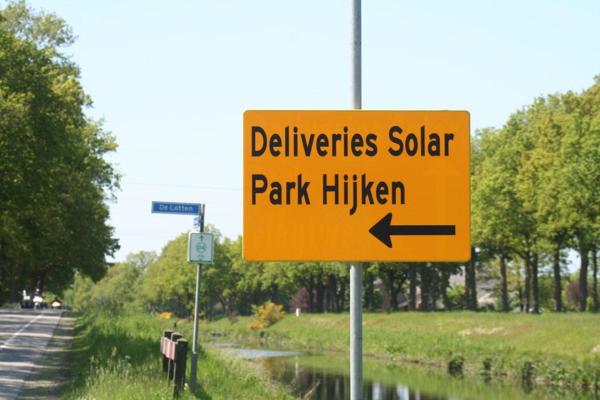 Informatiebord leveranciers zonnepark Hijken